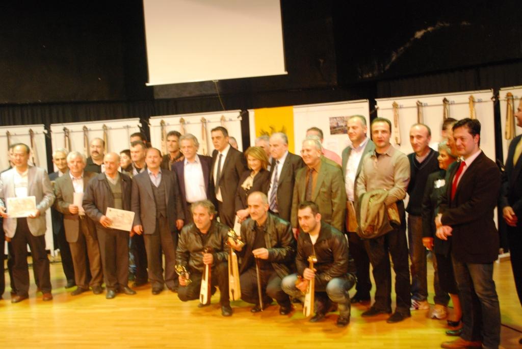 2ος Παγκόσμιος Διαγωνισμός Κατασκευαστών Ποντιακής Λύρας
